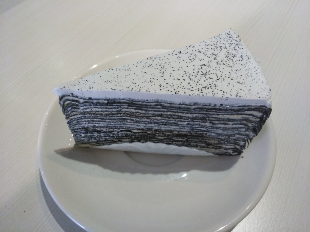 Banboo Charcoal Crepe Cake @ Lucy In The Sky