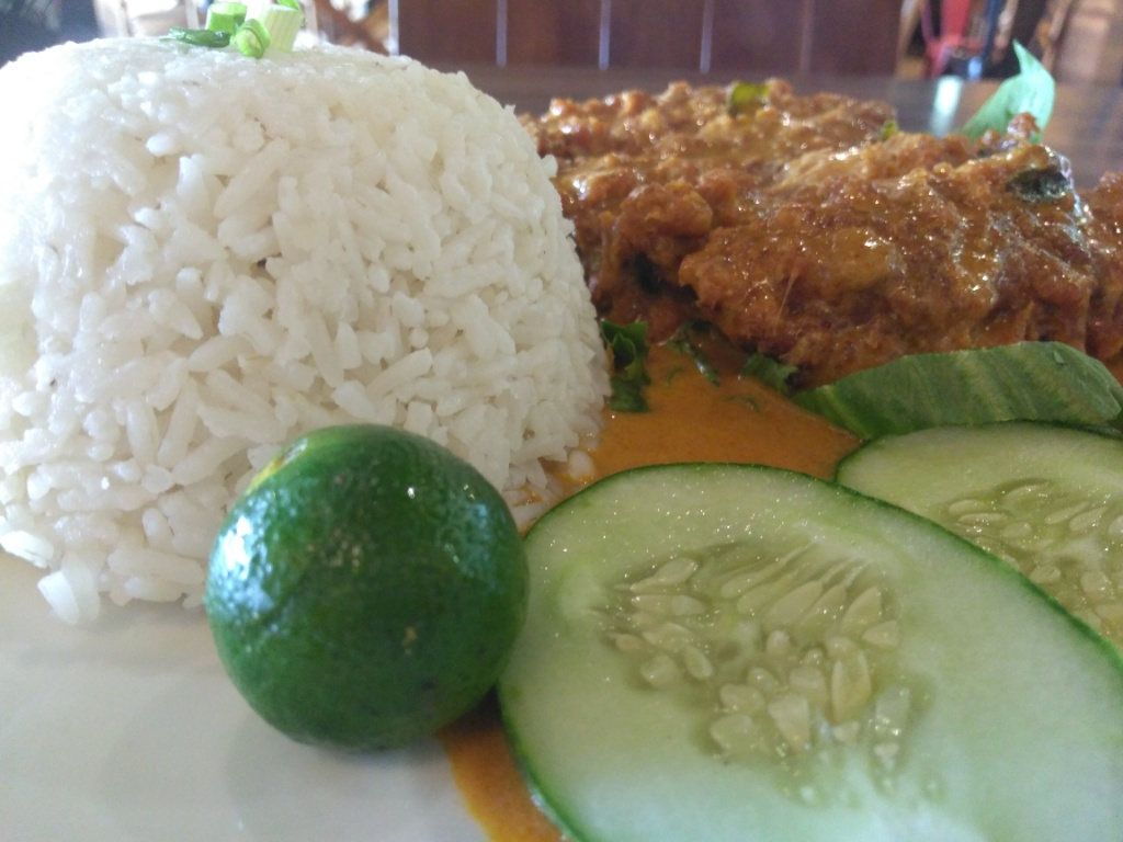 Black pepper chicken rice, Butter Curry Chic with Rice, Baked Chocolate Cake @ Restoran Farmers Street