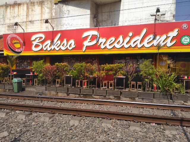 Campur Spesial @ Bakso President Malang