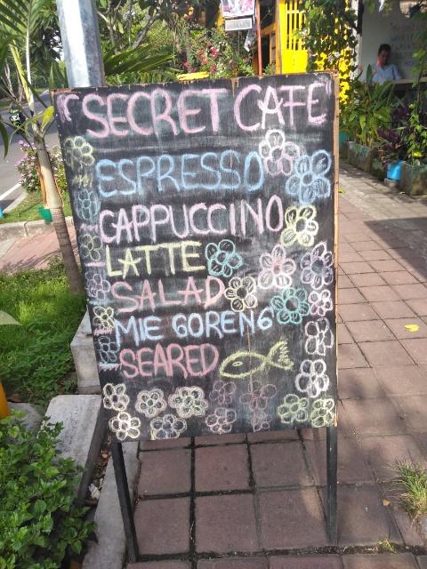 Nasi Goreng Ayam, Mango Shake @ Secret Cafe