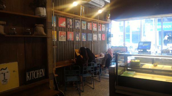 ジャカルタ ~Blok M のおしゃれなカフェとインドネシアについて考えたこと~