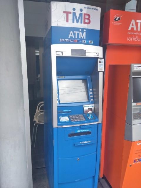 海外ATMでお金がでてこないなどのトラブル 防ぐ方法・体験談・対応法